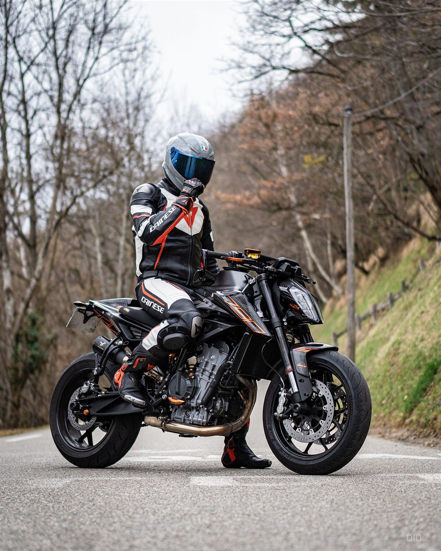 KTM Duke on road