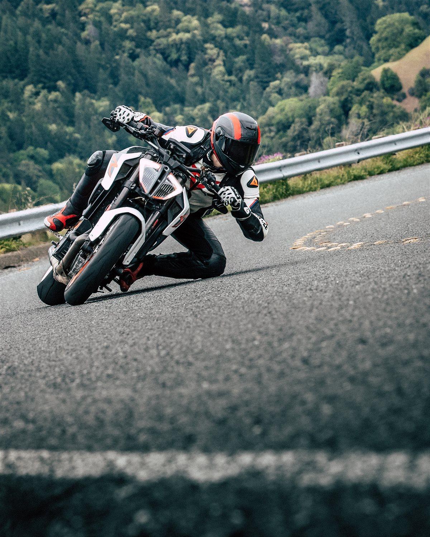 KTM Duke on track