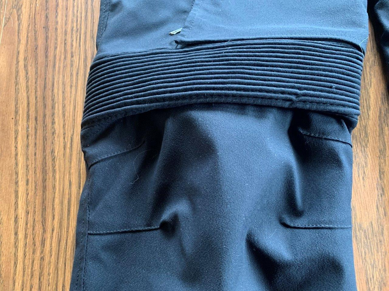 Knee Stretch Panel of Raven Rova Raven Pants