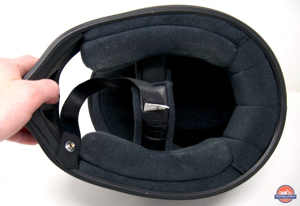 Bell Moto-3 Helmet interior opening