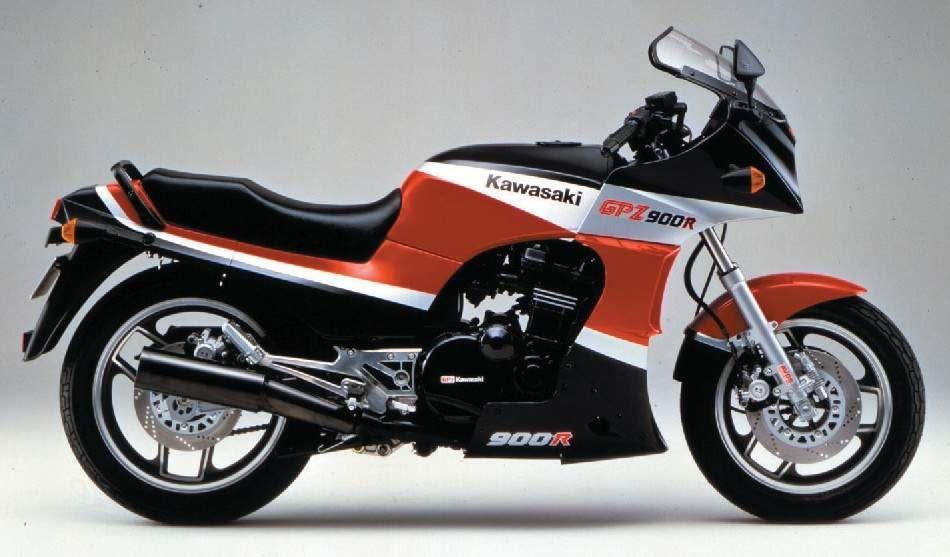1984 Kawasaki GPZ900R Side View