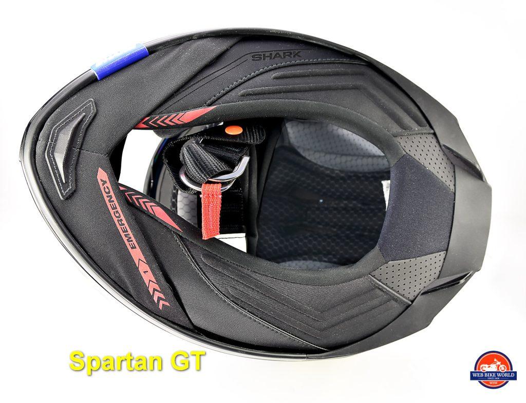 The bottom view of the Shark Spartan GT Replikan.