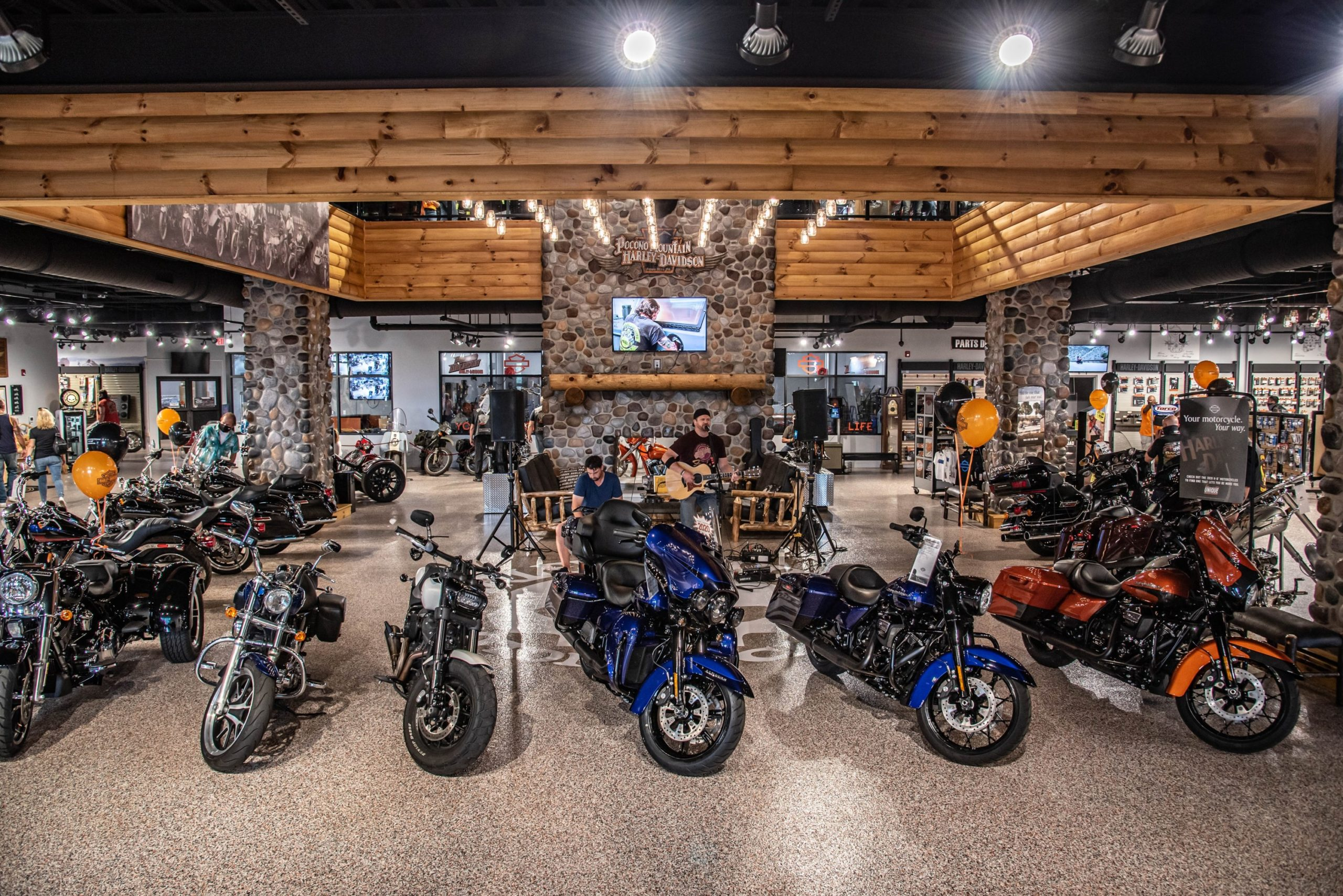 A view of a series of new and used Harley Davidson motorcycles, available at a local dealership and also on the brand new H-D1 ™ Marketplace