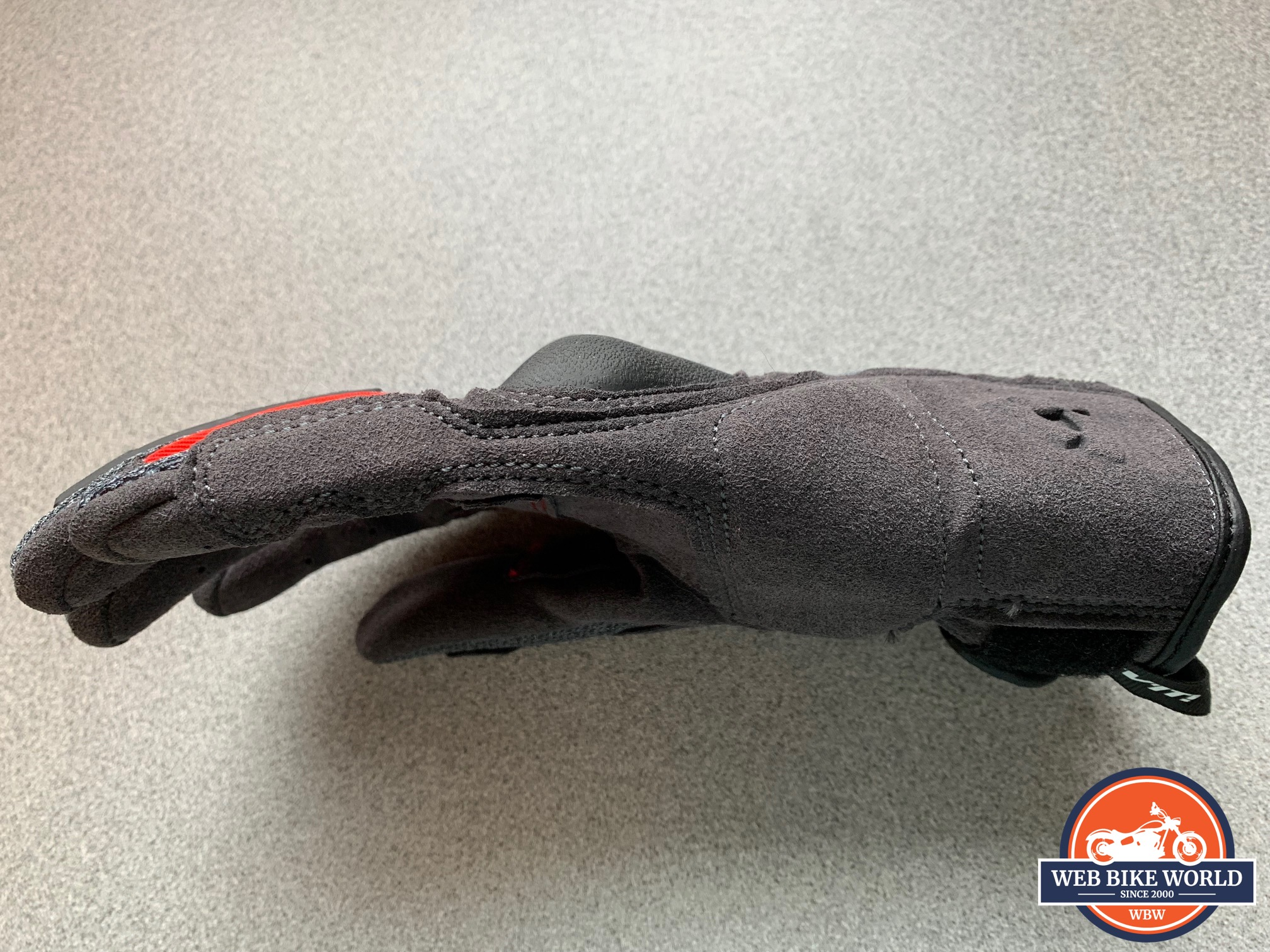 A view of the double stitching on the REV'IT! Volcano gloves