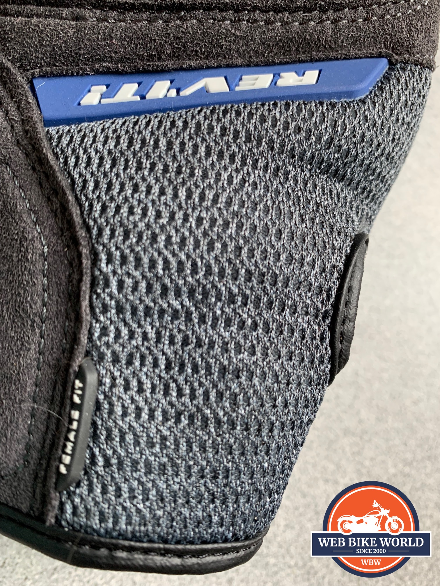 A view of the 3D air mesh on the REV'IT! Volcano gloves