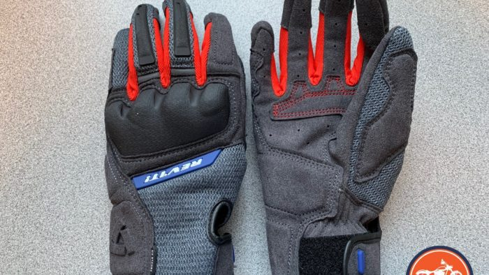 A front and back view of the REV'IT! Volcano gloves