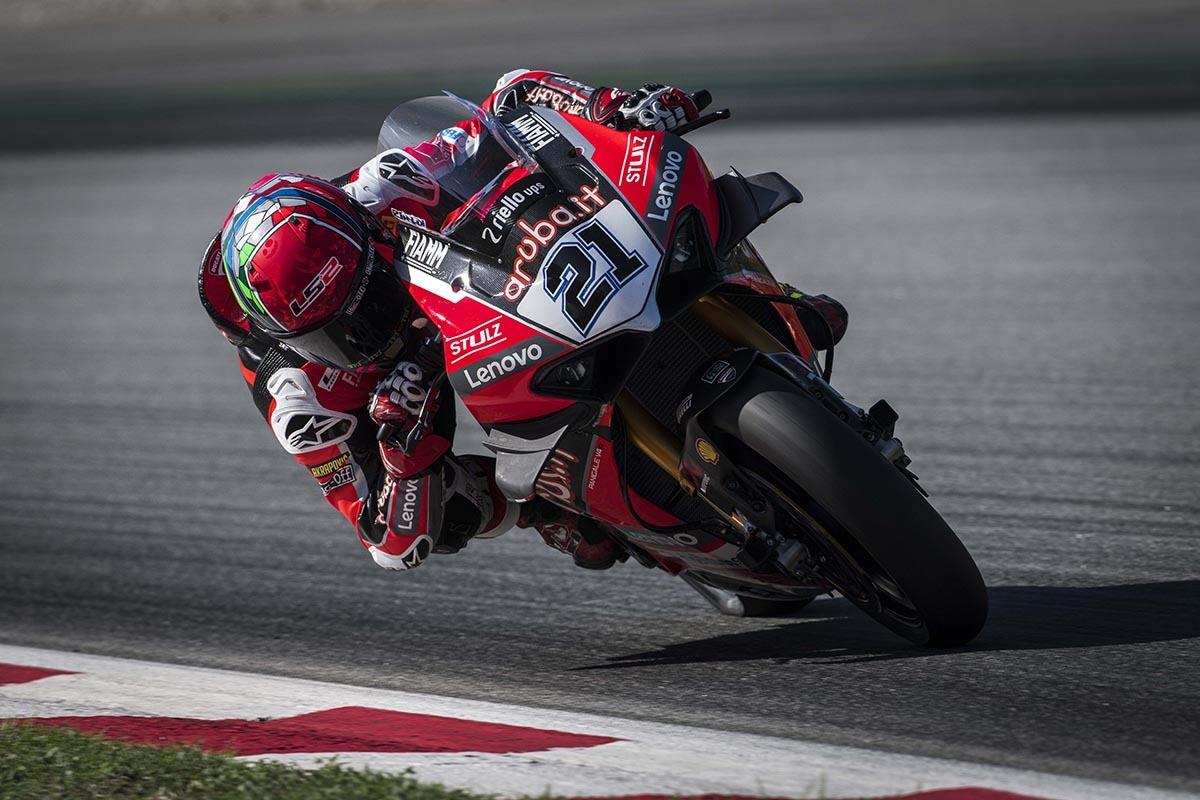 Aruba-it-Ducati-untuk-berpartisipasi-dalam-2022-WorldSSP-bersama-Nicolo-Bulega-2