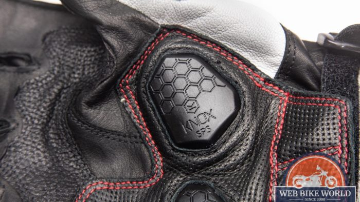 Knox Scaphoid Protection System in the palm rea of the Hi-Per gloves